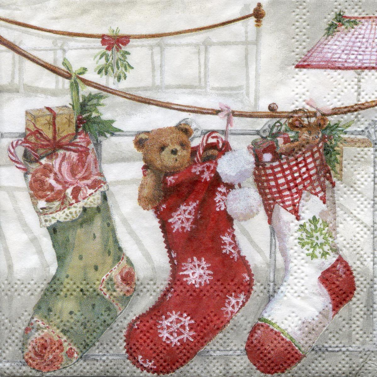 первый новогодний носок открытка представительниц этого красивого
